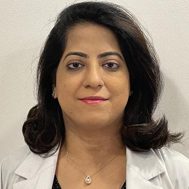 Dr. Karuna Ratwani, Obstetrician & Gynaecologist Online