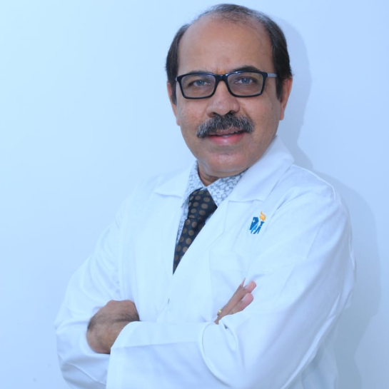 Dr. Ashwin M Shah, Radiation Specialist Oncologist Online